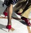 20061202162641-zapatos-que-destinen.jpg